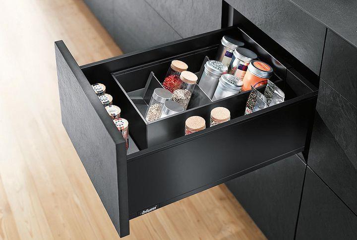 u erst beschlagen w rwag lack und farbenfabrik gmbh co kg. Black Bedroom Furniture Sets. Home Design Ideas
